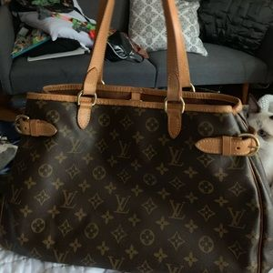 Louis Vuttion handbag